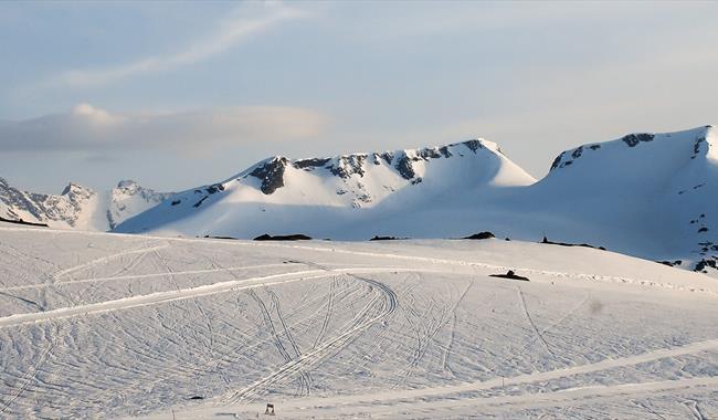Fanaråken og Steindalsnosi - populære skitoppar i Jotunheimen