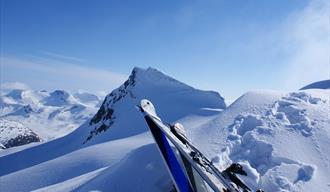 Topptur på ski: Gravdalstinden (2113 m.o.h.)