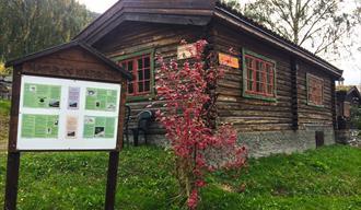 Fossheim Mineral Museum | Solhell logcabin