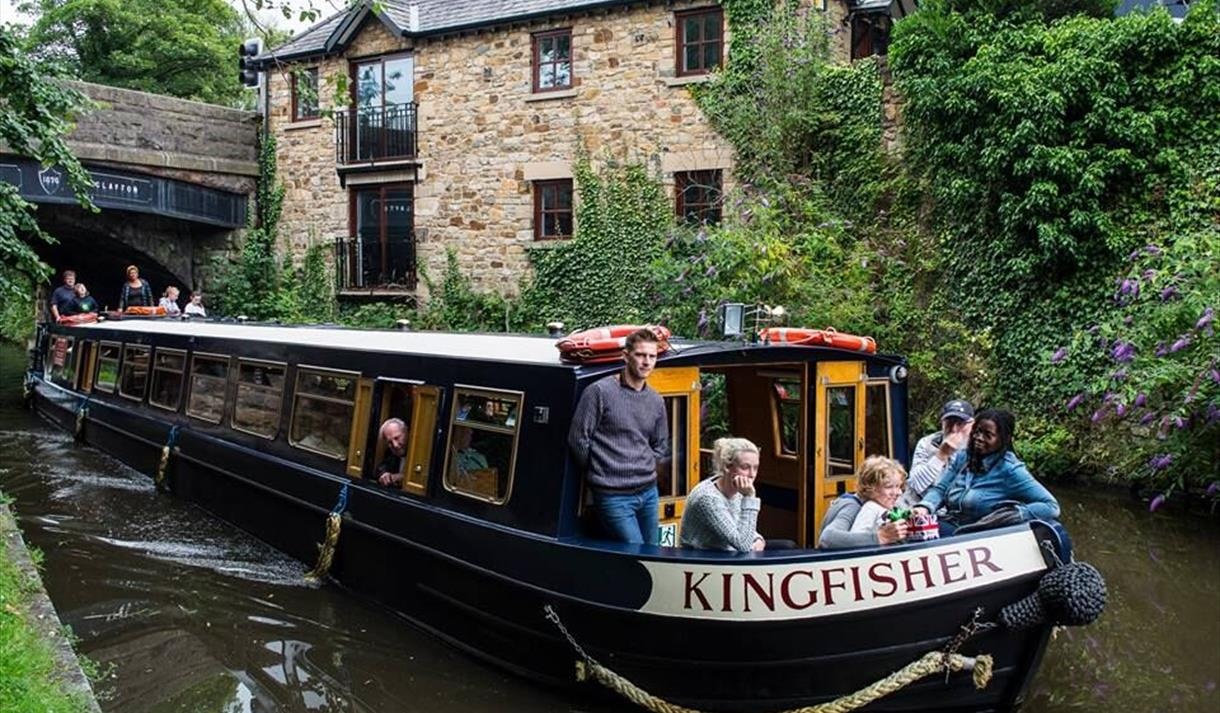 Lancaster Canal Boats - Kingfisher Cruises