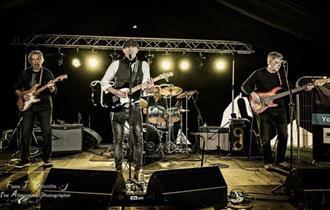 Rain House Blues Band line up