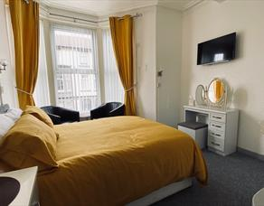 Double bedroom at The Shining Diamond