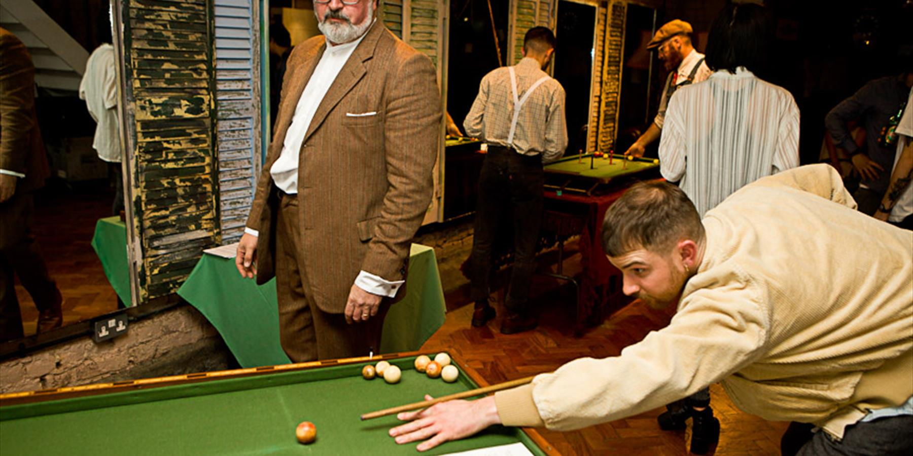 English Bagatelle and parlour games
