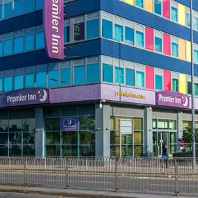 Premier Inn - Accommodation in Leicester