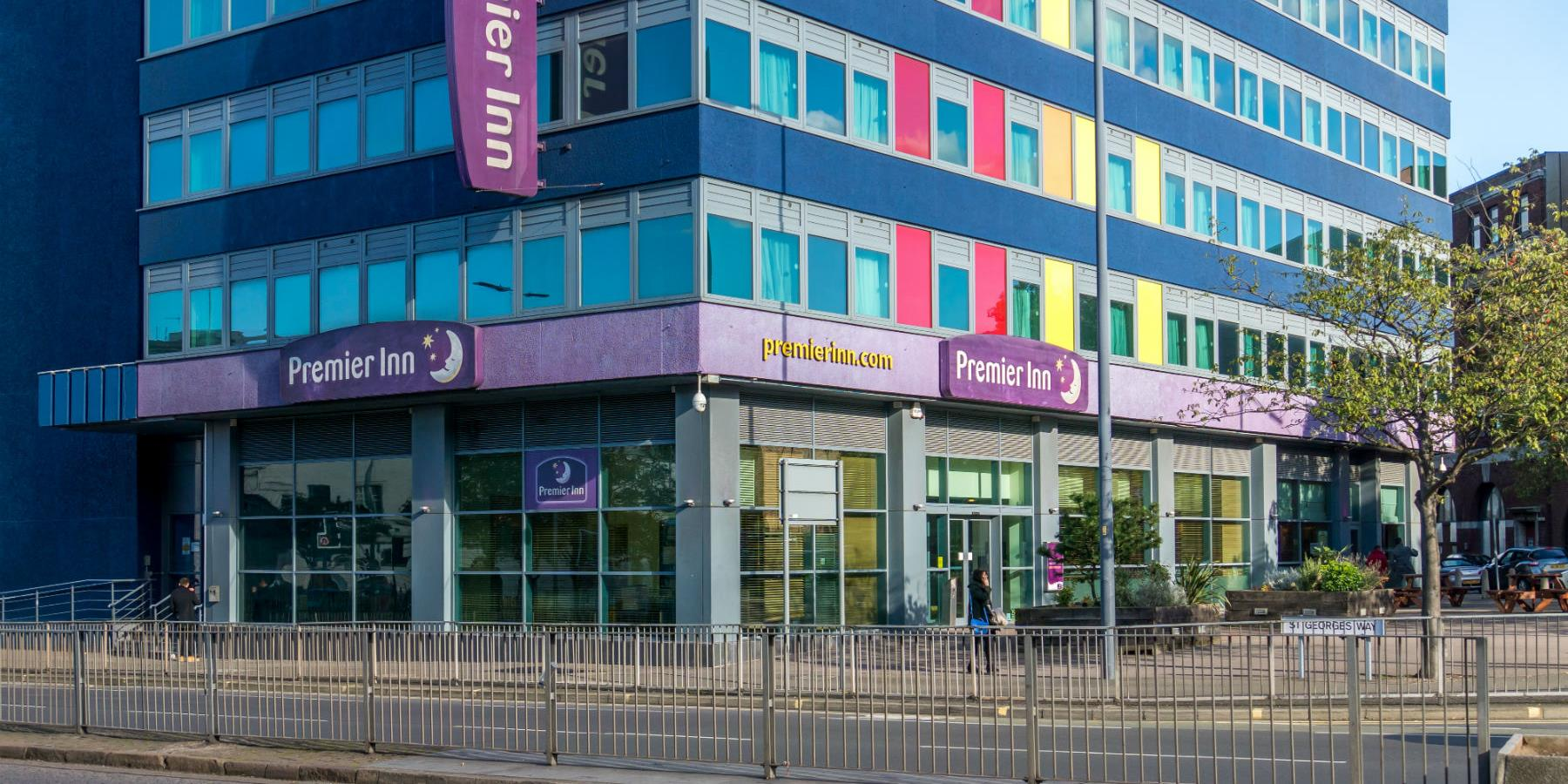 Premier Inn - Accommodation in Leicester