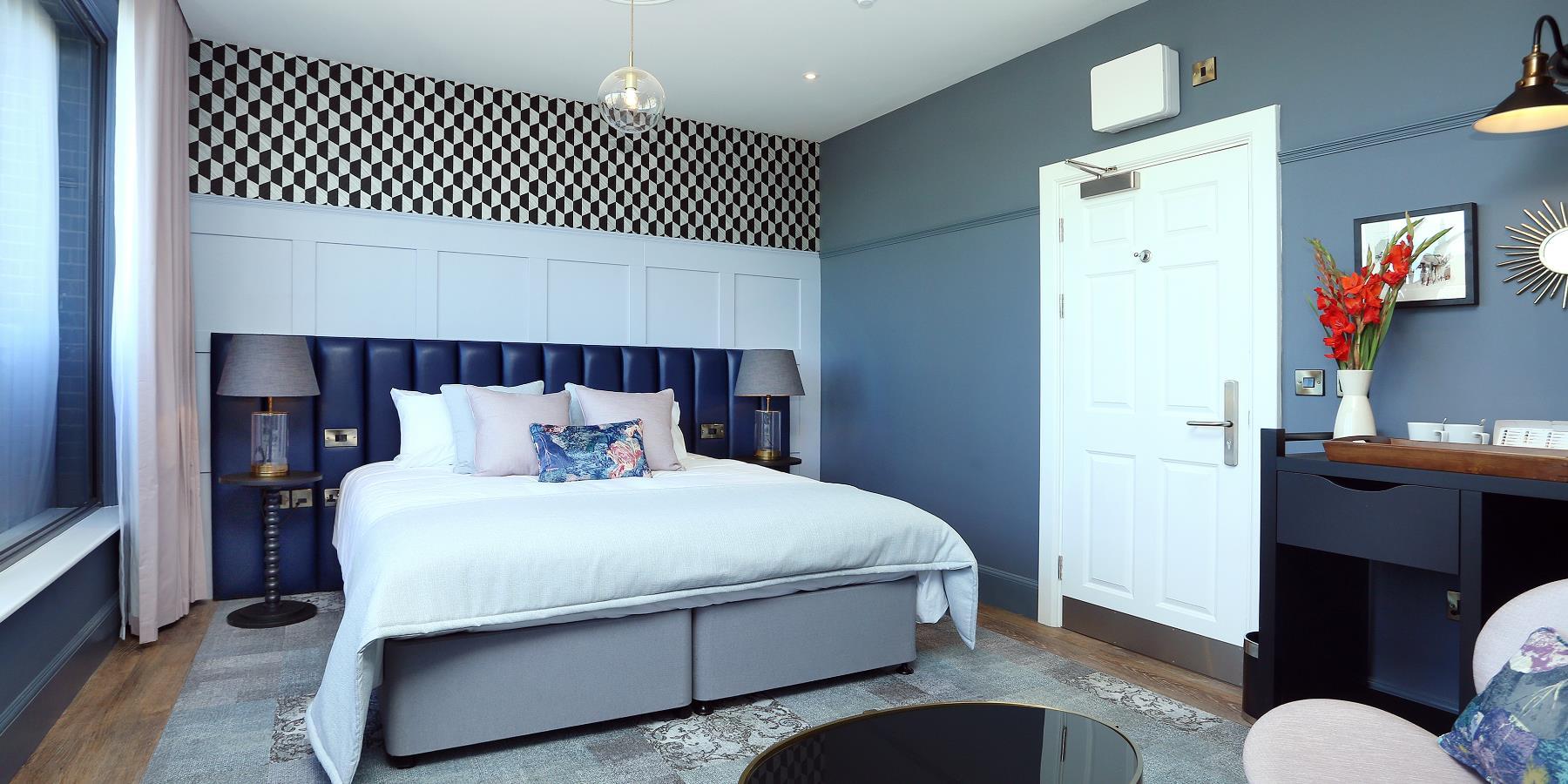 st martins lodge interior of room
