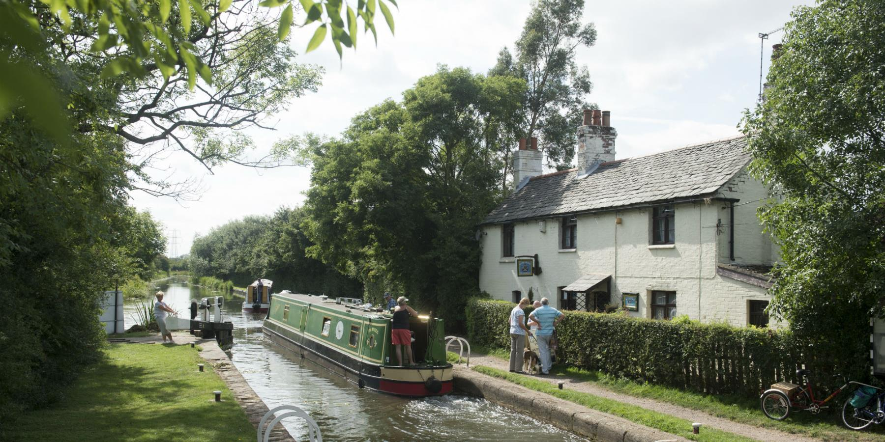 Kings Lock Tearoom - Eating and Drinking in Leicester