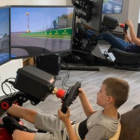 KIDS IN SIMULATOR