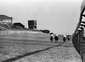 Black & White image of the Old Lewes Racecourse