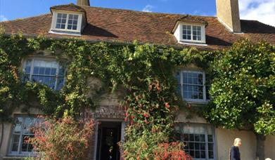Charleston farmhouse, bloomsbury set, historic house