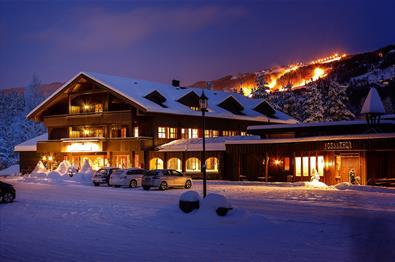 Hunderfossen Hotel & Resort i vinterpryd