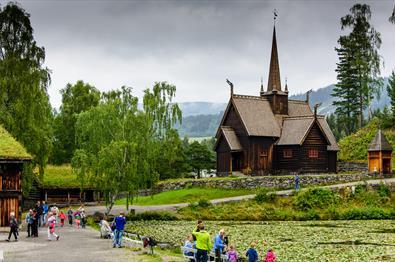 Garmo Stavkirke på Maihaugen - sommer