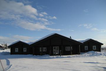 Midtgard cabin winter