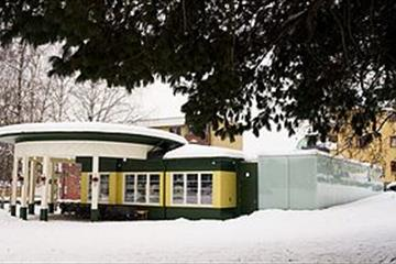 The Park Cafe outside in winter time