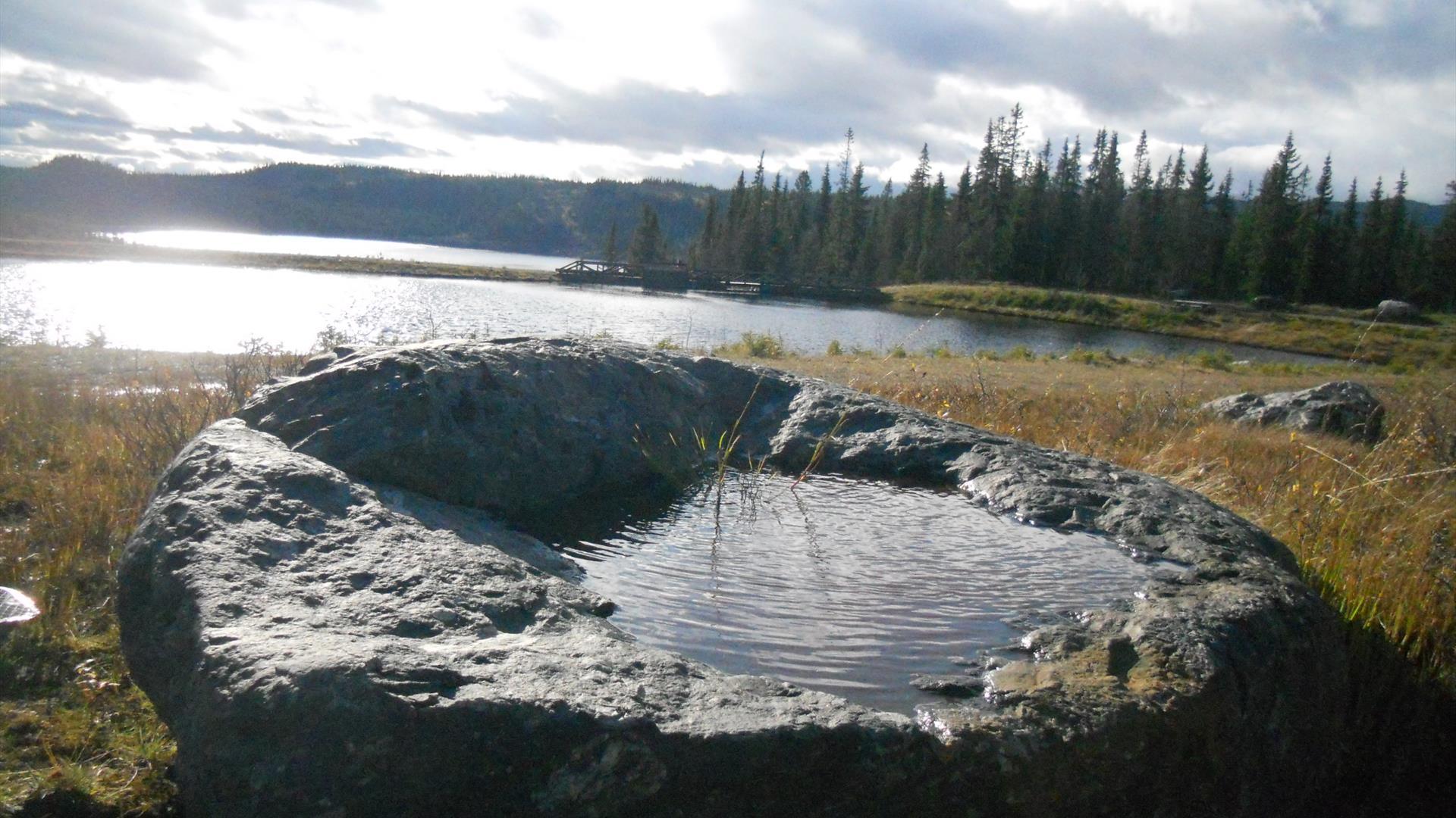 Badestamp av stein