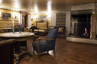 Living room at Glomstad Gjestegus