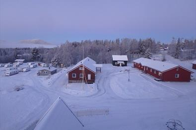 Vinterstemning på tunet, Camp Sjusjøen