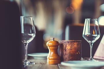 2 wine glass on the table - Spidsbergseter Restaurant