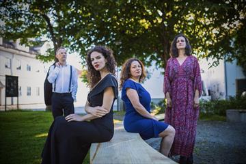Fra Venstre: Dejan Milivojevic, Olivera Ticevic, Maja Vagner, Jelena Golubovic