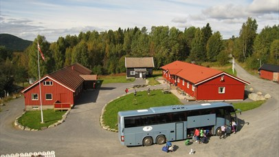 The yard at Camp Sjusjøen