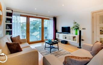 Harbour View - living room