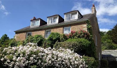 Hendersick House - exterior