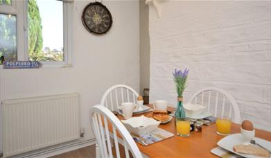 May Cottage - dining area