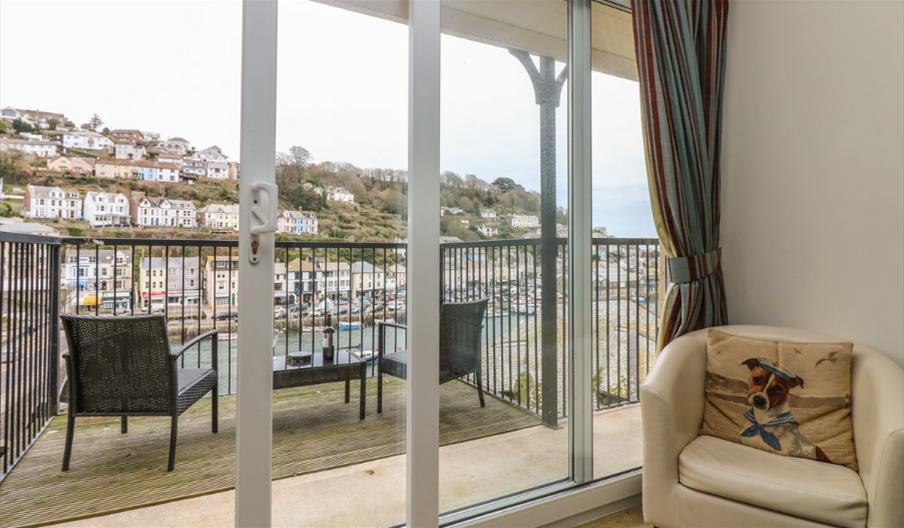 Rivercrest - Balcony doors