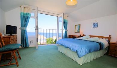 Sea Breeze - double bedroom