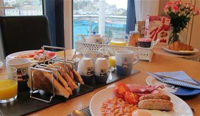 Shellseekers - Breakfast with a View
