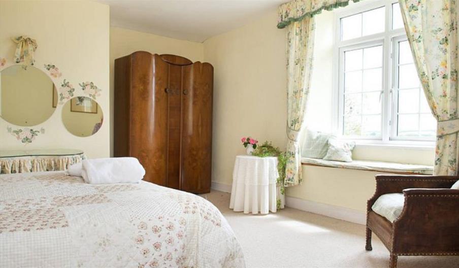 Tregarland Farm - Family Room