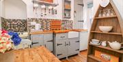 Chy Pyscador - kitchen
