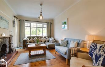Cel Mawr - Living Area