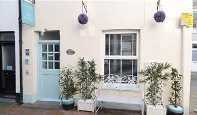 Curlews Cottage - exterior
