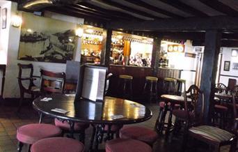 Ye Olde Salutation Inn - bar area