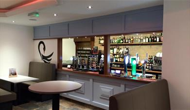 Black Swan - bar area