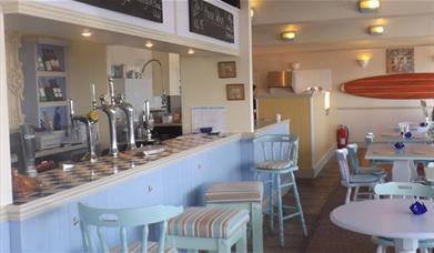 Sea Kitchen - bar area