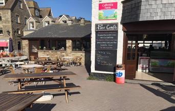 Pier Café - outdoor seating