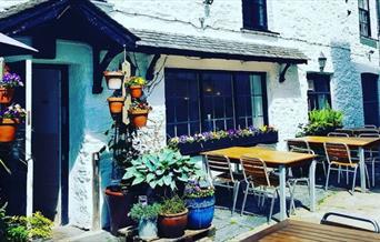 The Courtyard Café - outdoor seating