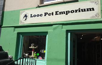 Looe Pet Emporium shopfront