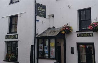 The Bullers Arms - exterior