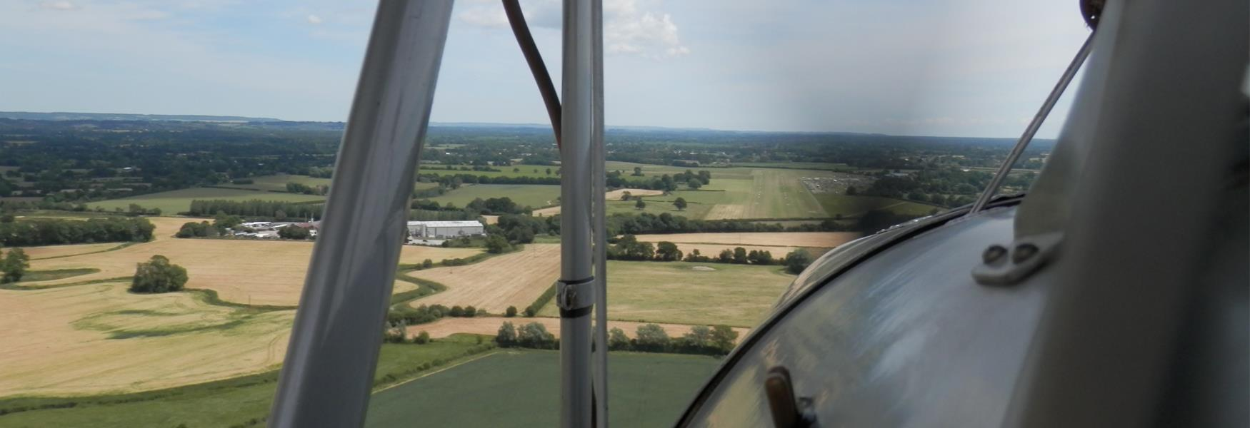 Tiger Moth Flight Coming in to Land