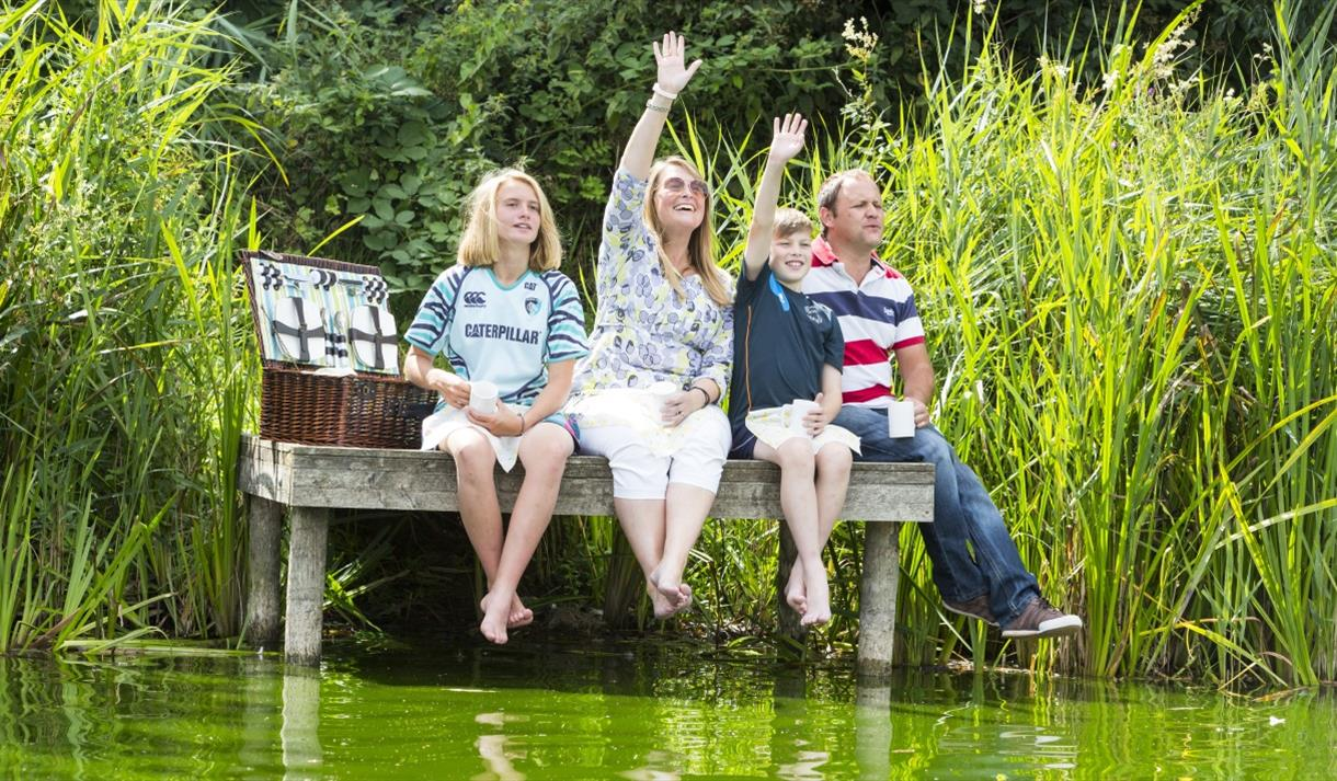 Family by the lake in Mote Park