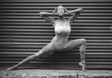 Female dancer, black and white image