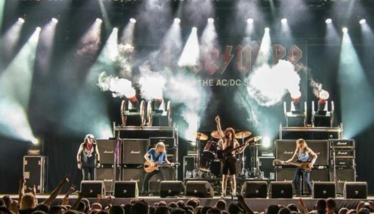 Live/Wire: AC/DC Tribute