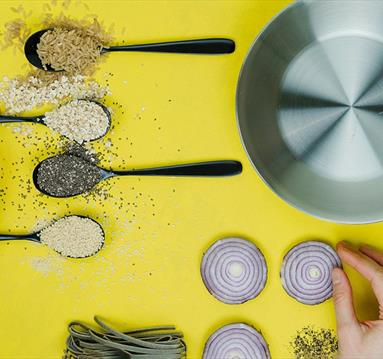 Cooking pot and ingredients