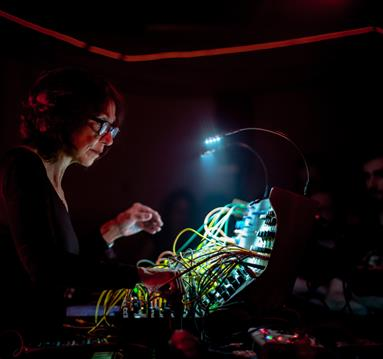 Suzanne Ciani on stage