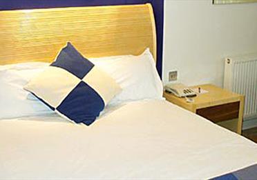 Britannia bedroom