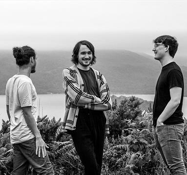 Fergus McCreadie Trio, black and white image