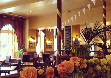 Harveys Cafe Bar